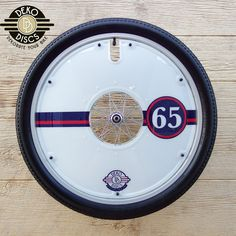 White with Red and Blue Vintage 65 Deko Disc