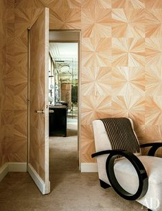 10 rooms that do patterned walls right.