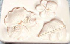 Amaco large pansy violet flower polymer clay mold firm leaf 1998 Judi Maddigan