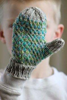 Minky Mittens Minky Mittens Balls to the Walls Knits, A collection of free one- and two- skein knitting patterns Always wanted to lear. Baby Mittens Knitting Pattern, Crochet Mittens, Knitting For Kids, Crochet For Kids, Knitting Patterns Free, Free Knitting, Knitted Hats, Knitting Ideas, Free Pattern