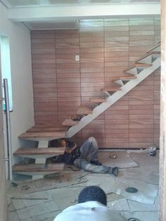 Stair railing ideas - A full directory of interior stair railing ideas, the correct component to utilize according to your stairs Steel Stairs, Loft Stairs, House Stairs, Architecture Renovation, Stairs Architecture, Home Stairs Design, House Design, Railing Design, Interior Stair Railing