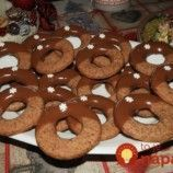 Fantastické škoricovo-čokoládové kolieska: Verte mi, toto je ešte lepšie ako linecké! Gingerbread Cookies, Doughnut, Food And Drink, Sweets, Baking, Drinks, Cake, Christmas, Education