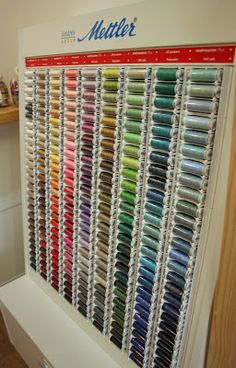 Mettler Thread. 100% cotton is THE BEST for sewing hexies together.
