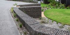 Gabion Walling | Structured rectangle baskets but in angeled layout