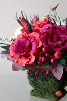 paper flower arrangement - NinaGeronik