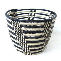 Black and white - Design Afrika Decorative Bowls, Cuff Bracelets, Basket, Traditional, Contemporary, Black And White, Jewelry, Design, Products