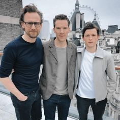 Tom Hiddleston, Benedict Cumberbatch, and Tom Holland in London on GMA promoting Avengers Infinity War – 9 April 2018 - Tomh-Tomh Tom Holland, Holland Netherlands, Tom Hiddleston Benedict Cumberbatch, Benedict Cumberpatch, Doctor Strange Benedict Cumberbatch, Spideypool, Superfamily, Marvel Actors, Marvel Dc