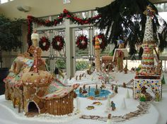 Only the most adorable Gingerbread Village.... at Memphis Botanic Gardens (Tennessee).  :D