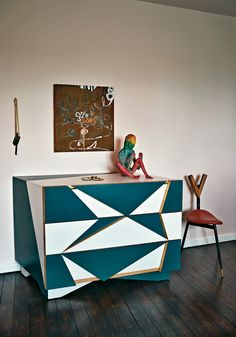 A Gamper-Ponti chest with Upritchard's sculpture. (Photo: Tom Mannion)