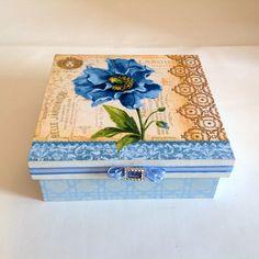 Caixa decorada em mdf - Flores Azuis | Atelier Marcia Campos | Elo7