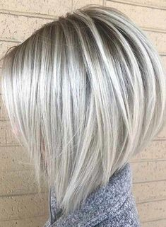 bob hairstyles for fine hair 53 Platinum Blonde Hair Shades and Highlights for 2020 Bob Hair Color, Hair Color Highlights, Grey Hair Bob, Platinum Highlights, Blonde Highlights Short Hair, Blonde Layers, Blonde Hair Shades, Blonde Color, Ash Blonde Bob