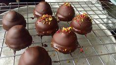 Sarah Bernhardt Norwegian Food, Norwegian Recipes, Cake Recipes, Muffins, Cookie, Pudding, Sweets, Baking, Desserts