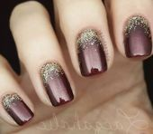 68 Trendy Nail Art Designs to Inspire Your Winter Mood winter nails; red and gold nail art designs. Red And Gold Nails, Gold Nail Art, Red Gold, Nailart, Special Nails, Trendy Nail Art, Gel Nail Designs, Nails Design, Acrylic Nail Designs Classy