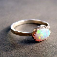 i WILL have an opal ring one day