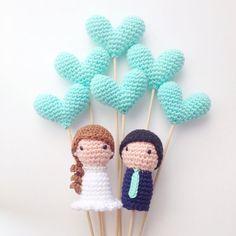 Wedding Cake Toppers Bride Groom and 6 Hearts by MarigurumiShop
