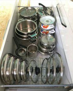 Farmhouse Kitchen- i love the organization Kitchen Pantry Design, Kitchen Drawer Organization, Kitchen Cabinet Storage, Kitchen Cupboards, Modern Kitchen Design, Home Decor Kitchen, Interior Design Kitchen, Dressing Design, Küchen Design
