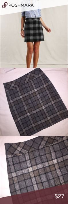 L.L. BEAN PLAID WOOL SKIRT WOOL skirt by L.L. BEAN. SIZE 4-PET. LIKE NEW condition. Waist 15' Length 21'. 75% WOOL 25% Polyester. 💯 Polyester lining. Dry Clean. L.L. Bean Skirts