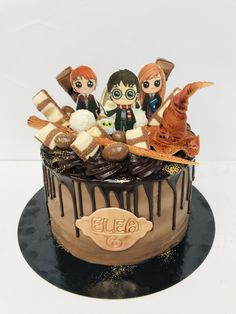 Harry Potter Torte, Cumpleaños Harry Potter, Harry Potter Birthday Cake, Cute Birthday Cakes, Bijoux Harry Potter, Cupcake Cakes, Cupcakes, Harry Potter Pictures, Gorgeous Cakes