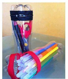Recicla botellas con forma de estuche