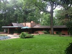 Think you've seen every Frank Lloyd Wright home? Here's one you missed in Glenview IL. Currnetly for sale.