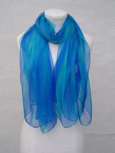 8254f2533f26 Echarpe, étole en soie bleu violet turquoise