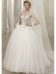 Tulle Strapless Sweetheart Lace Appliqued Bodice Ball Gown Wedding Dress