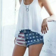 NWT Pac Sun American Flag Denim Shorts NWT American flag shorts from Pac Sun! Size 3 in Bullhead Denim- will fit a 25 or Perfect for upcoming summer holidays! MAKE AN OFFER Bullhead Shorts Jean Shorts Blue Jean Shorts, Denim Shorts, Cotton Shorts Women, American Flag Shorts, Summer Outfits, Summer Clothes, Distressed Denim, Casual Shorts, Fashion Design