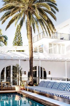 A Stylist's Guide To Byron Bay | HOMES