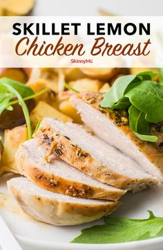 We love one-pan meals, and this Skillet Lemon Chicken Breast Dinner is not only delicious but cleanup is a breeze. It makes a great weeknight dinner. Clean Eating Recipes For Dinner, Clean Eating Meal Plan, Healthy Dinner Recipes, Skinny Recipes, Healthy Tips, Healthy Meals, Healthy Eating, Low Carb Appetizers, Appetizer Recipes