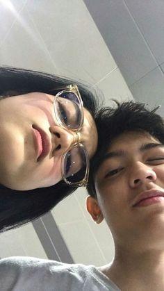 Cute Relationship Pictures, Cute Relationship Goals, Cute Relationships, Relationship Captions, Relationship Videos, Korean Boys Ulzzang, Ulzzang Couple, Ulzzang Girl, Couple Aesthetic