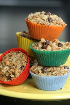 These chocolate-chip granola bites are not only colorful & cute, but they're actually easier than homemade granola bars, and you don't have to worry about cutting or dividing them once they're done cooking; just pop them in the lunch box and you're ready to go! I think these would be fun with various fruits as well — apples, raisins and coconut all sound delicious!