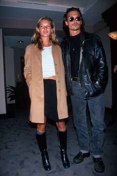 Kate Moss and Johnny Depp style Here's exactly how to style a quintessential wardrobe basic like one of our favorite style icons. Look Fashion, 90s Fashion, Fashion Outfits, Fashion History, Fashion Black, Fashion Ideas, Vintage Fashion, Kate Moss Stil, Style Grunge