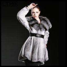 Fox Fur Coat | A DIVA SOCIALITE | Pinterest | Fox fur coat, Fox ...