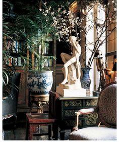 Joan MacDowell (@jsminterior) posted on Instagram • Jun 13, 2020 at 3:53pm UTC Beautiful Architecture, Architecture Art, Visual Merchandising Displays, Retail Displays, Shop Displays, Window Displays, Traditional Home Magazine, Luxury Bedroom Design, Interior Design