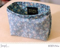 How to sew a lining for a crocheted bag, tutorial from Alice Merlino of Futuregirl.