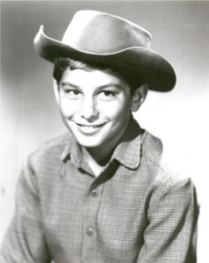 Was Andy on Laramie, TV Western in the and can be seen I'm syndicate in Dish Network channel GRIT! Johnny Crawford, Robert Fuller, The Rifleman, Tv Westerns, John Smith, Child Actors, Western Movies, Vintage Tv, Cowboy And Cowgirl