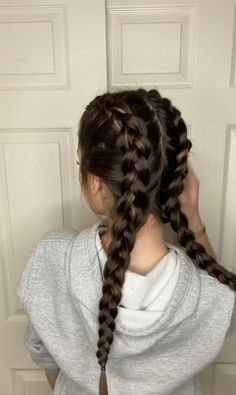 6 unique ways to braid your hair! Easy Hairstyles For Long Hair, Braids For Long Hair, Diy Hairstyles, Braided Hairstyles Tutorials, Medium Hair Styles, Curly Hair Styles, Hair Upstyles, Aesthetic Hair, Hair Videos