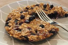 Microwave blueberry oatmeal cakes