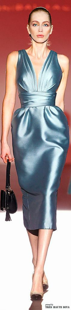 Hannibal Laguna F/W love ice blue. - Nora Campillo de Fernandez - - Hannibal Laguna F/W love ice blue. Runway Fashion, High Fashion, Fashion Show, Womens Fashion, Fashion Design, Hannibal Laguna, Bustier, Mode Style, Satin Dresses