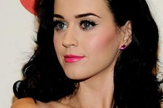 Red Lip Gloss: GUEST POST: Top 5 Celebrity Beauty Secrets from Louise at Feelgood Style
