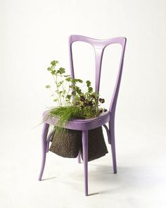 Furnitures recycled into beautiful planters by Peter Bottazzi - 1001 Gardens