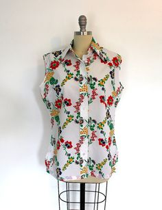1960s Blouse / Red Poppies Print / from ThisBlueBird.