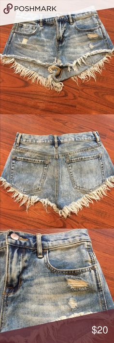 Bullhead Denim Co. PacSun High Rise Cut Off Shorts Bullhead Denim Co. PacSun High Rise Cut Off Jean Shorts. Distressed and frayed. Size 25 Bullhead Shorts Jean Shorts