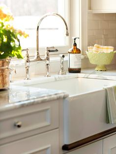An undersink filter gives you clean, great-tasting water without cluttering your sink or countertop space. Even better, you can easily install a water filter without hiring a professional. Before starting your project, make sure your undersink space is large enough to accommodate a water filter system./