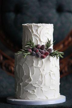 white wedding cake for winter weddings