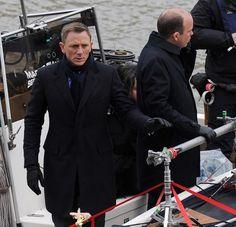Daniel Craig Films 'Spectre' in London