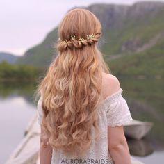"Mia and Linda on Instagram: ""Princess Aurora twistbacks, inspired by @cutegirlshairstyles Today I'm twinning with @hairnailsinspiration -Linda"""