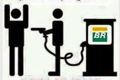 Hoje vi gente dizendo que depois que Dilma foi reeleita que não adianta fazer protesto por causa do preço da gasolina. Honestamente, o problema existiria fosse Dilma ou Aécio na presidência, isto p...
