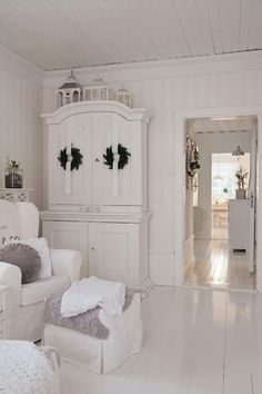 A gorgeous all white room with just a touch of lavender grey