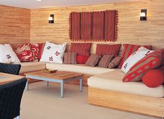 Cojines para un ambiente en tonos otoñales y cálidos Cushions, Pillows, French Decor, Decoration, Ideas Para, Couch, Living Room, Interior Design, Furniture